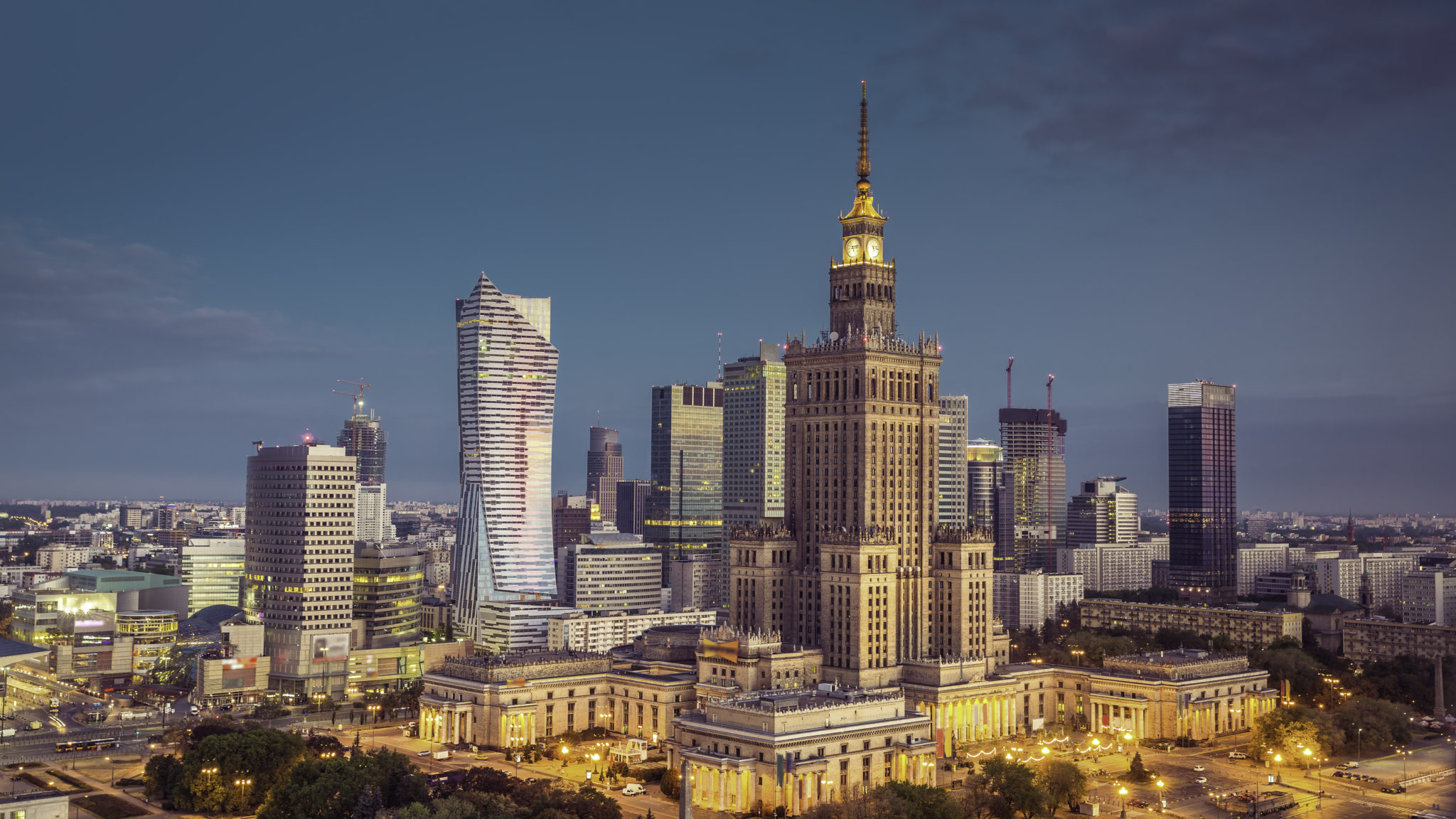 iStock-500335922_Warsaw